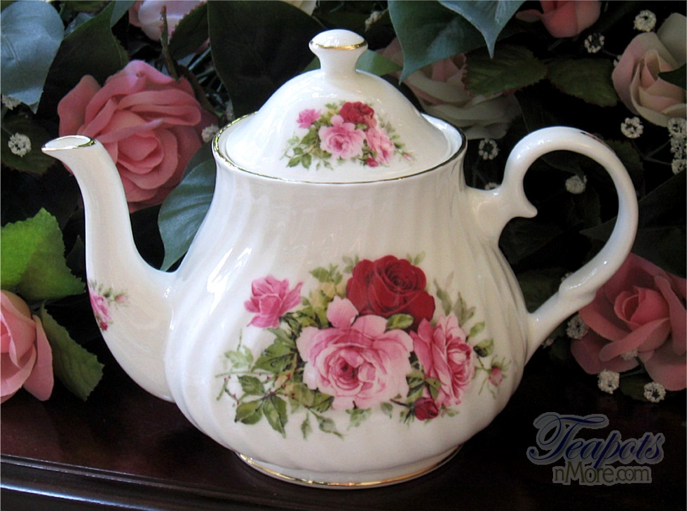 Summertime Rose 4 Cup Teapot